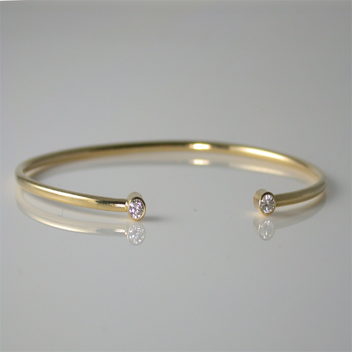 Bracelet; 18k, twvvs 0.20ct diamond