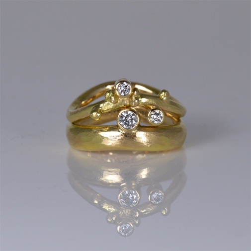 Ergonomic Rings: 18k, twvvs diamonds