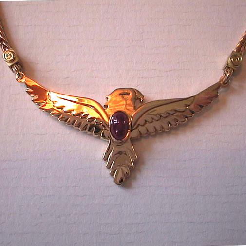 """Eagle"" Shield: 18k, ruby"