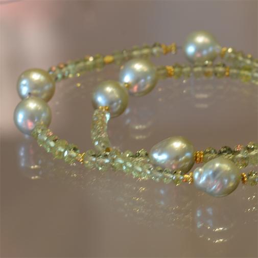 Chrysoberyl, 18k, South Sea pearl