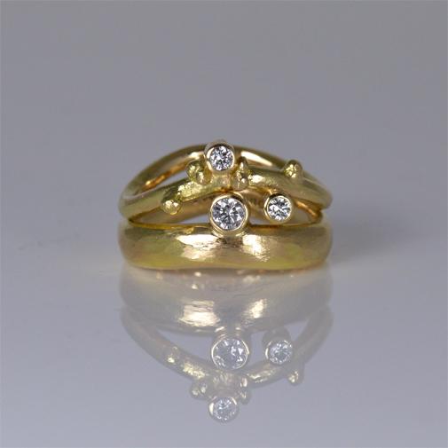 Ergonomic Rings: 18k, twvvs diamonds