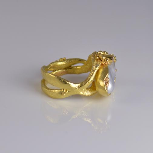 Ring: 18k, South Sea pearl, pink diamond