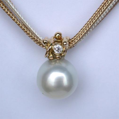 South Sea pearl, 18k, twvvs diamond